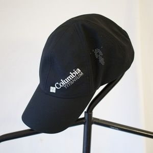 Columbia Black Titanium Omni-Shield Trail Ball Cap